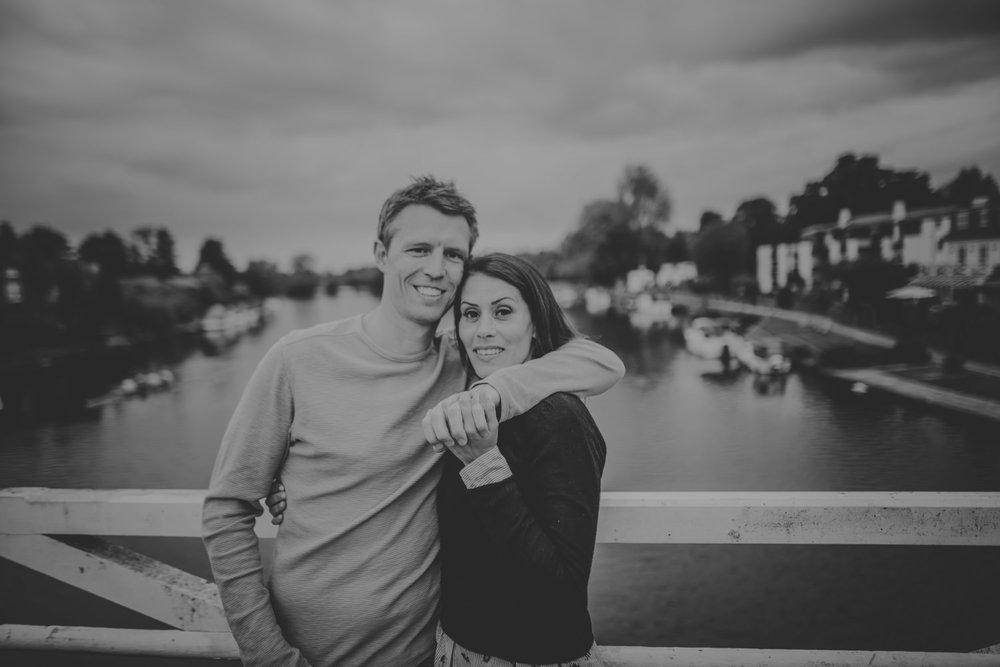 River Thames Engagement photos