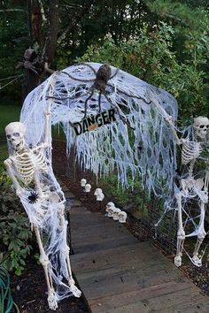 Simple spider web arch with a plastic skeleton either side