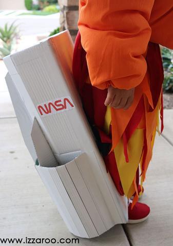 astronaut_costume_18_large.jpg