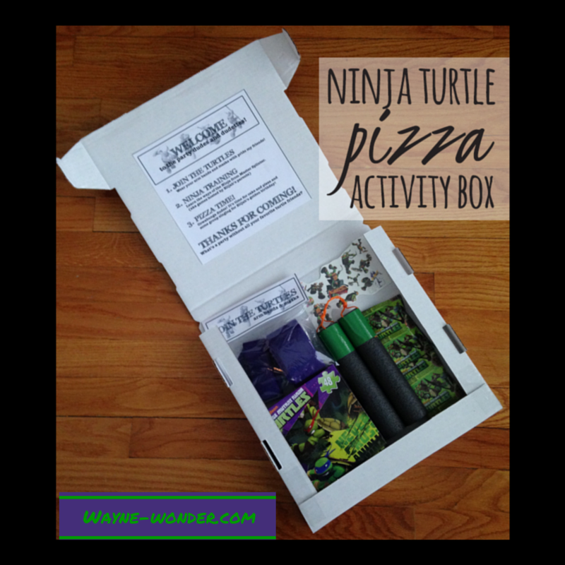 Pizza Box Activity Set from Wonder Kids