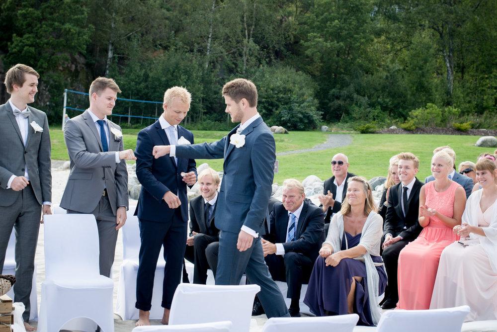 bryllupsfotograf_fevik_strand_hotel_grimstad_-26.jpg