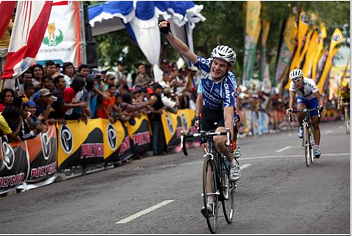 Paul winning the first stage of the 2005 Tour of East Java