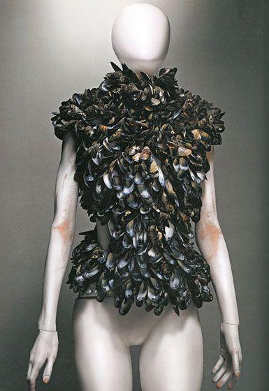 Alexander McQueen 2001