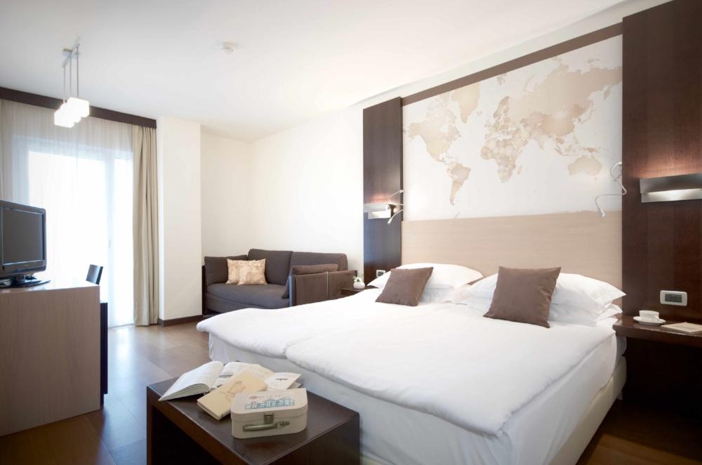 map room|hotel luise riva del garda 04