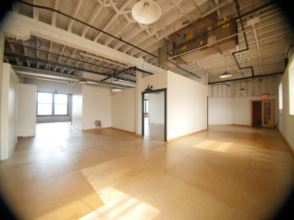 WE HAVE OFFICE SPACE AVAILABLE!