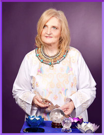 Elisabeth is a former registered nurse who is now a spiritual healer & multiple award-winning psychic.
