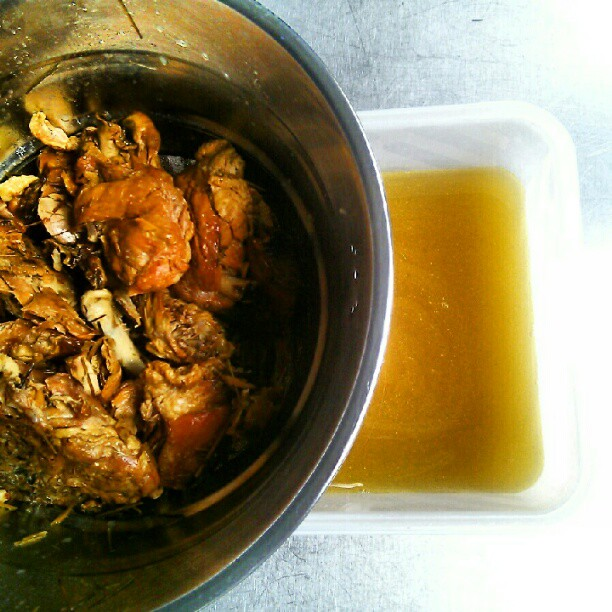 Roasted chicken thigh/crispy skin and hay stock, pre- ice clarification @theenduranceldn