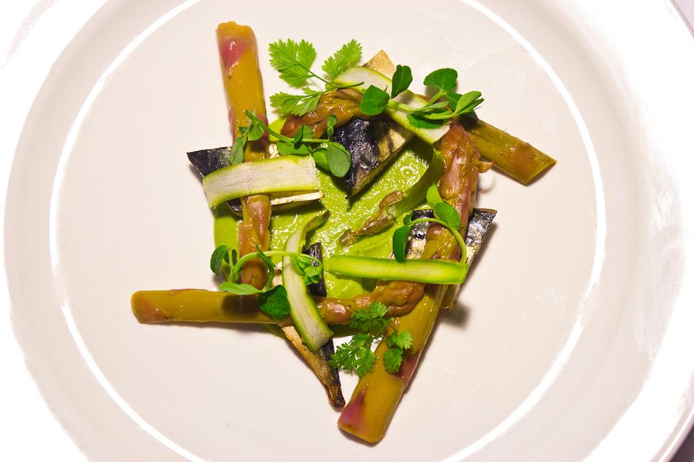 Smoked mackerel, asparagus, yoghurt whey, chervil, pea shoots