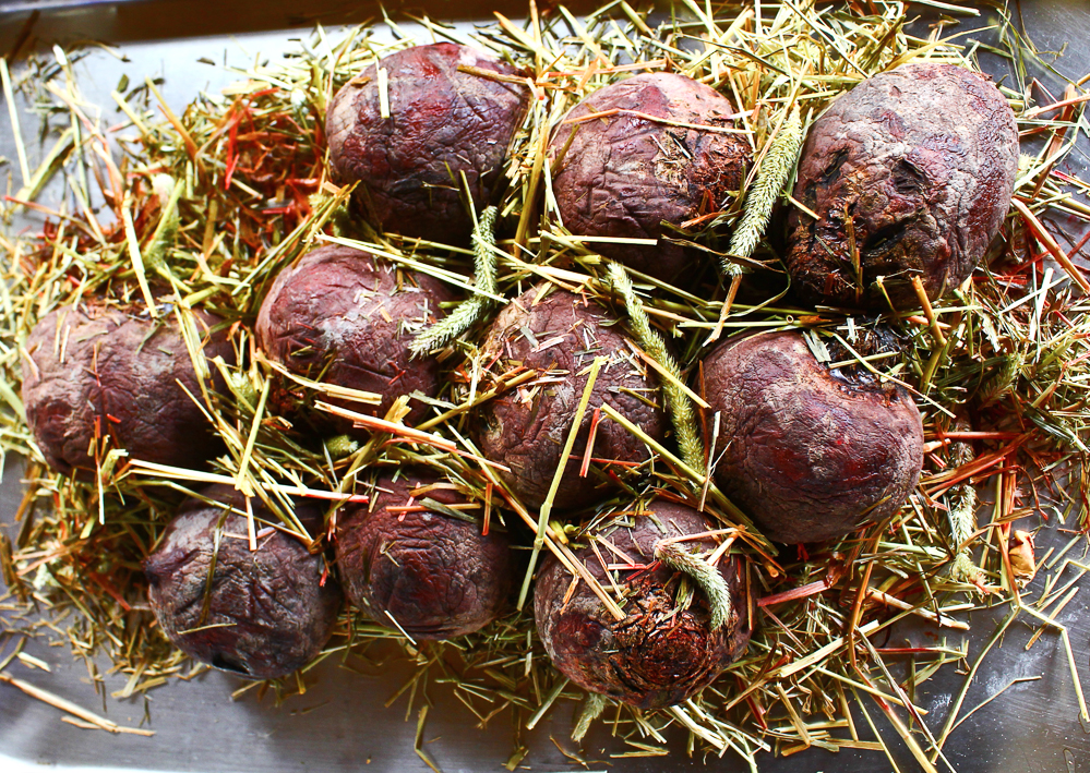 Beetroots baked in hay, London 2013 (pic by B&S)