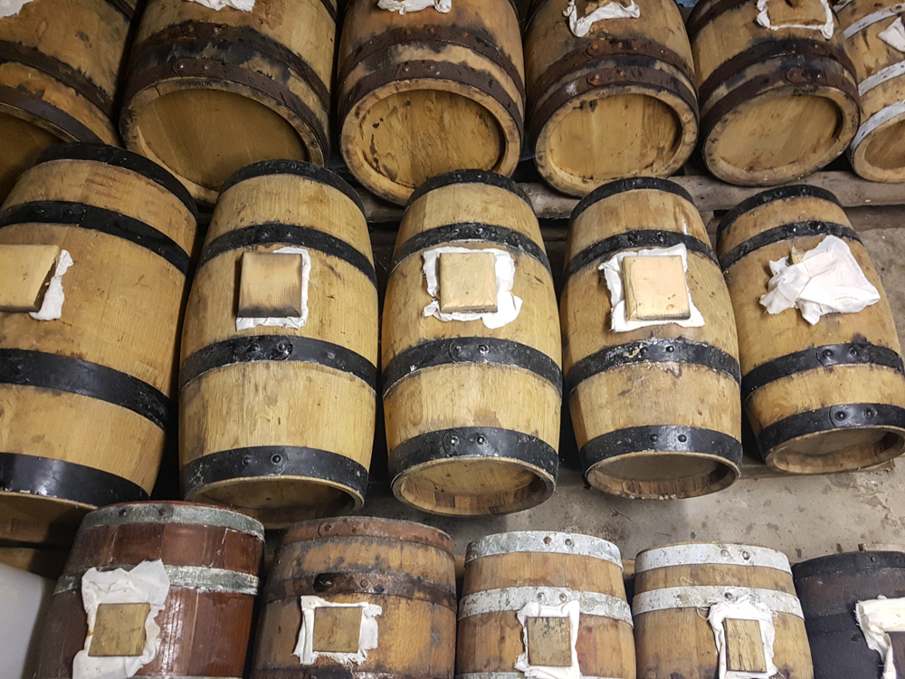 Ben's basement vinegar solera system