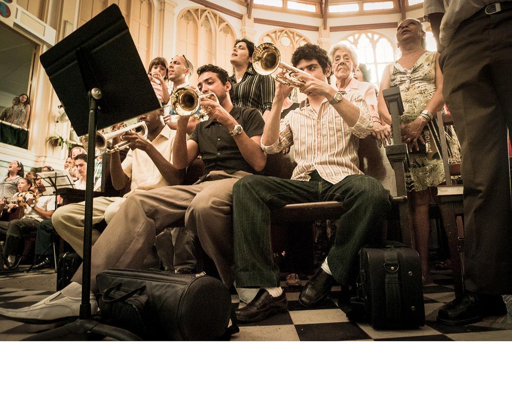 Cuba_worshipband.jpg