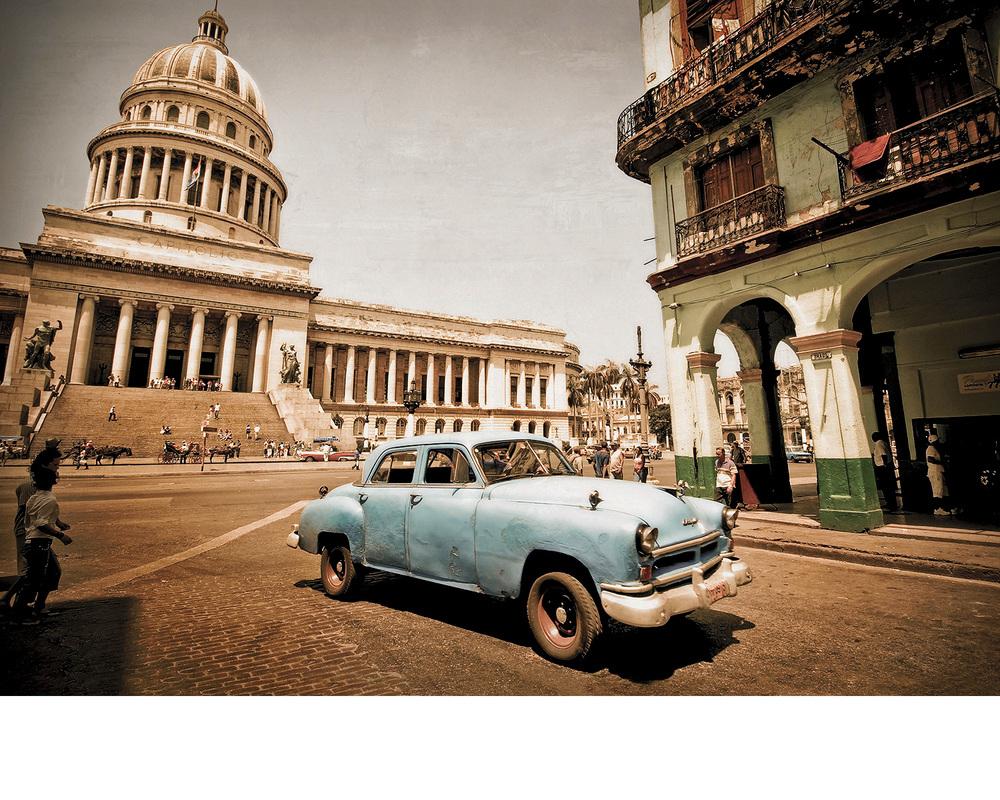 Cuba_carCapital.jpg