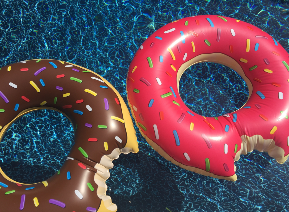 Anna Osgoodby NYC Living :: Red White & Pool Floaties