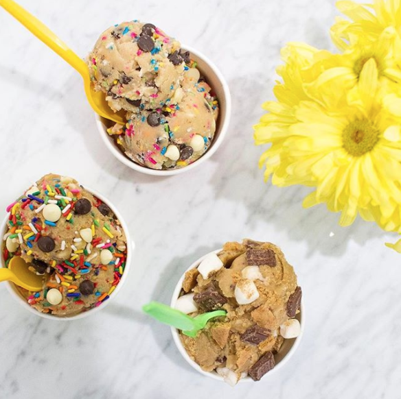 Anna Osgoodby Life + Design :: New York City's Sweetest New Dessert Bar :: Do Cookie Dough Confections