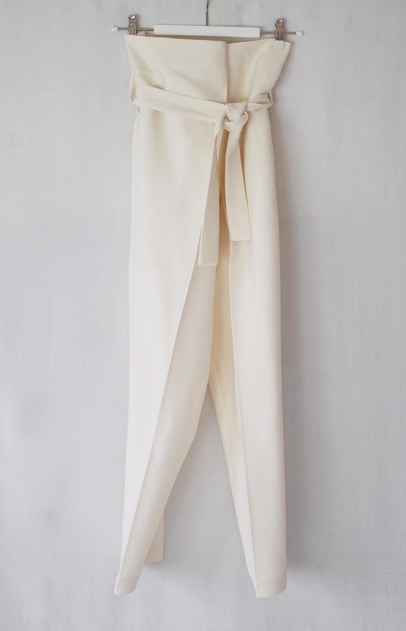 color:light beige  material:100% doubleface wool