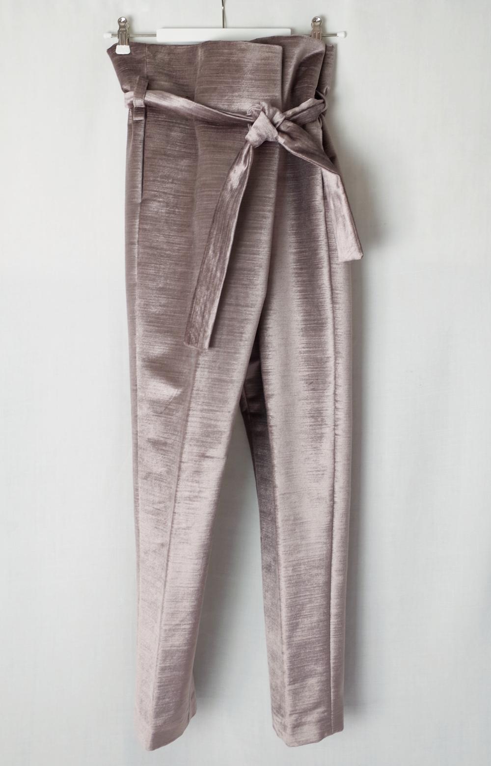 color:light aubergine  material: 100% cotton velour