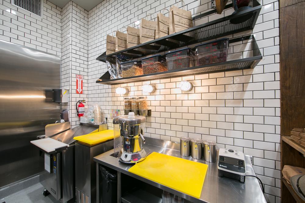 kitchen subway tile.jpg