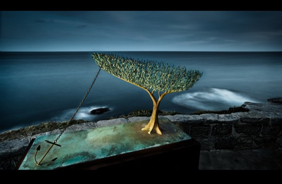 sculpture_by_sea