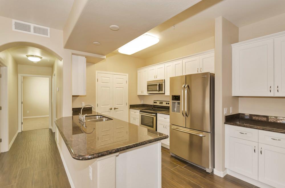 1086_kitchen.jpg