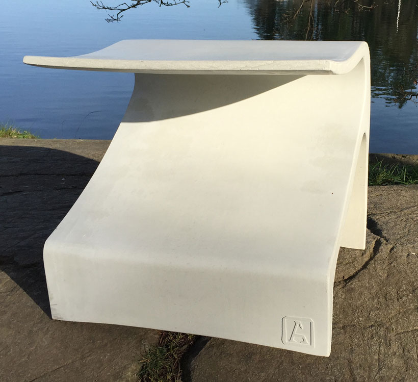 site furnishing ductal bench