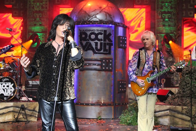 Raiding the Rock Vault Custom Stage Set