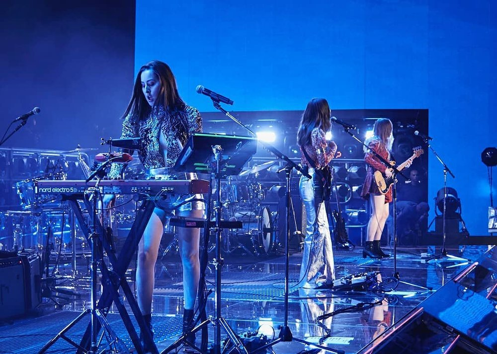 HAIM at Coachella 2018 - Mirrored rolling stage with mirrored ramps & grated decks 2.jpg