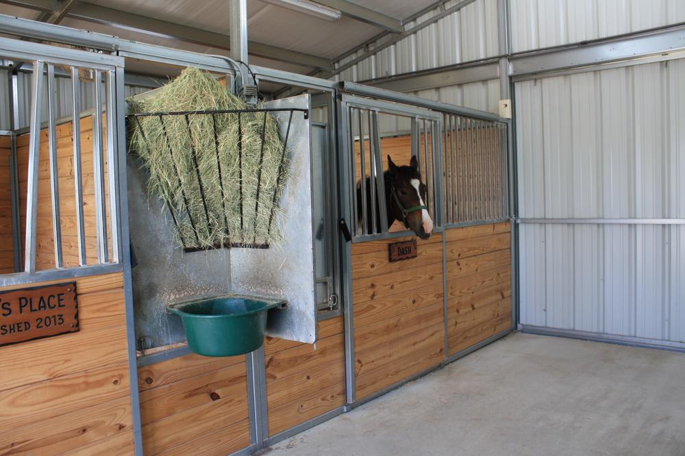 Ameristall Horse Barns Horse Barn Feeding Options