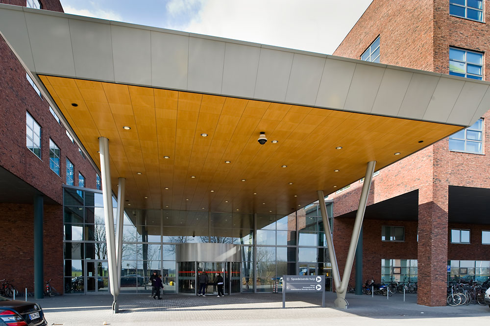 EXTERIOR SOFFIT — ACOUSTIC WOOD by eomac