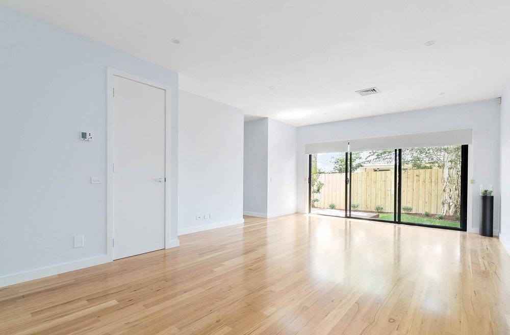 3-Living Room.jpg