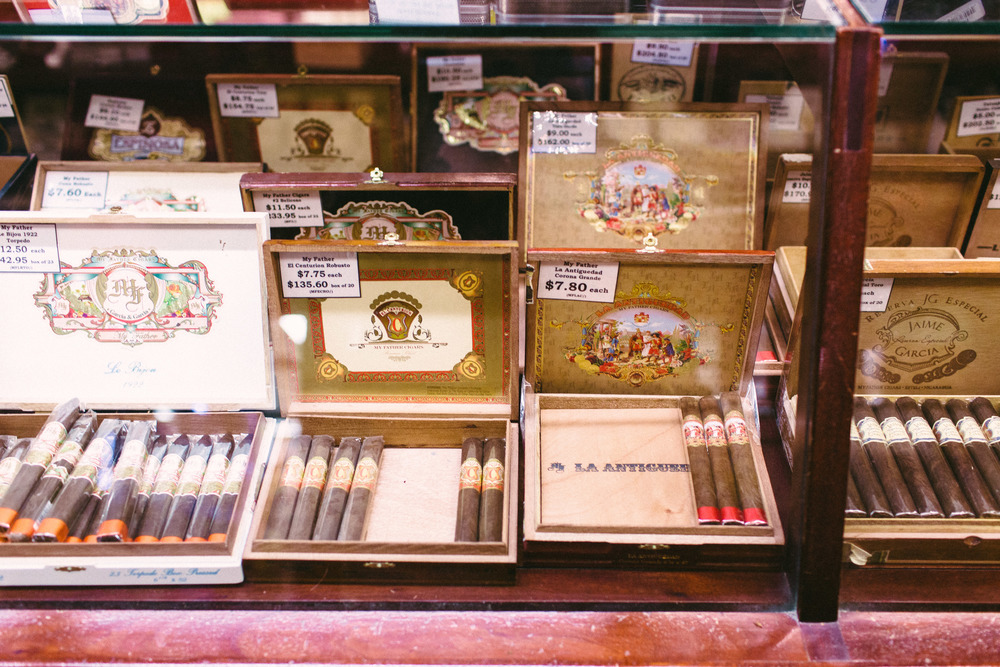 JR Cigar Lounge