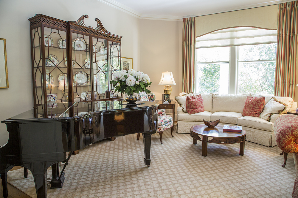 A 1906 Steinway piano sits ready to entertain in the living room.