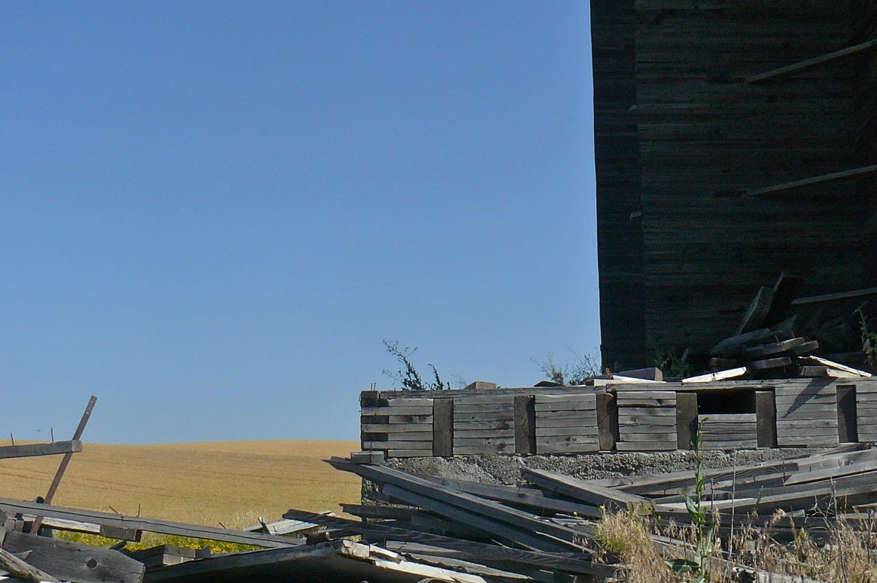 Remains of grain elevator, Dry Creek Road, Whitman County, WA.