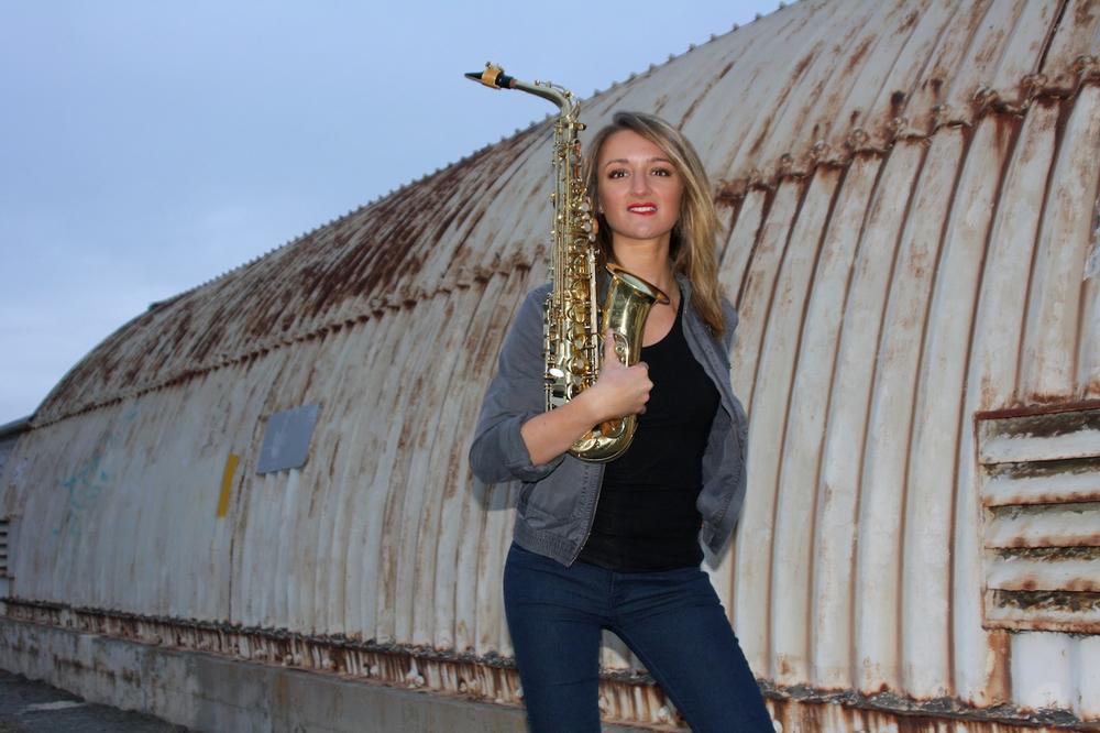 R&B funk saxophonist Mandy Faddis