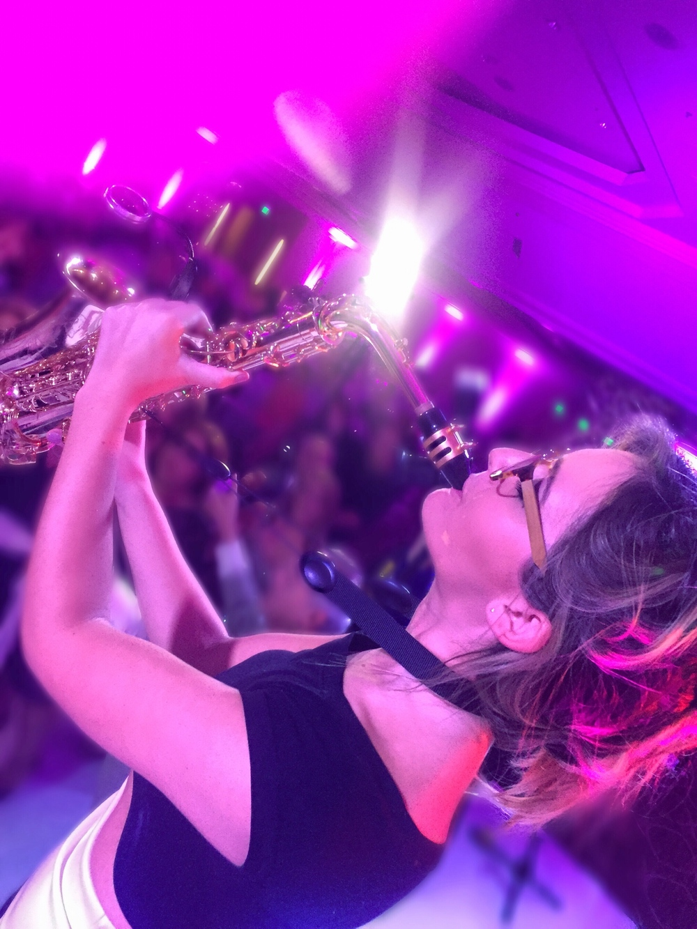 DJ EDM with live saxophone - DJ and sax player Mandy Faddis - female saxophonist Los Angeles