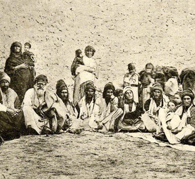 (allegedly) Yazidis on Sinjar mountain in the 1920s, where ISIS militants are attacking them today