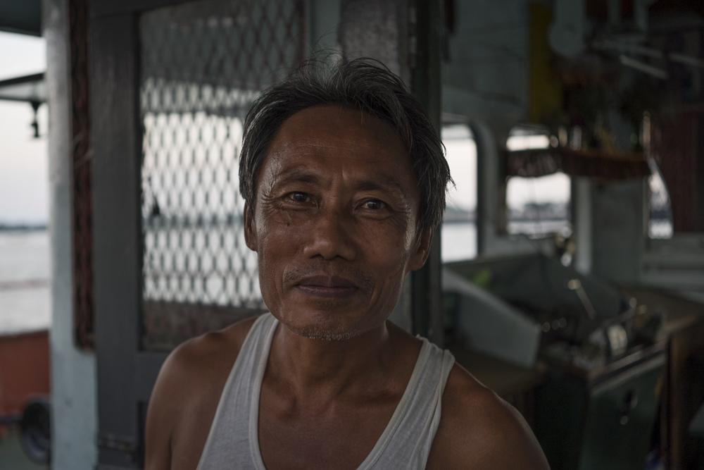 Yangon Ferry 05.jpg