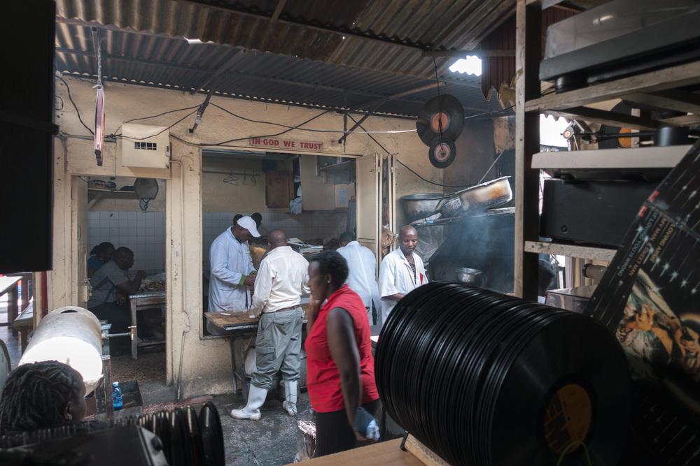 160429 Kenyatta Market-011.jpg