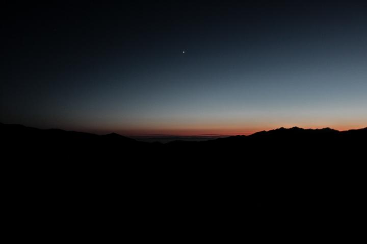 CALIFORNIA SUNSET MOUNTAINS