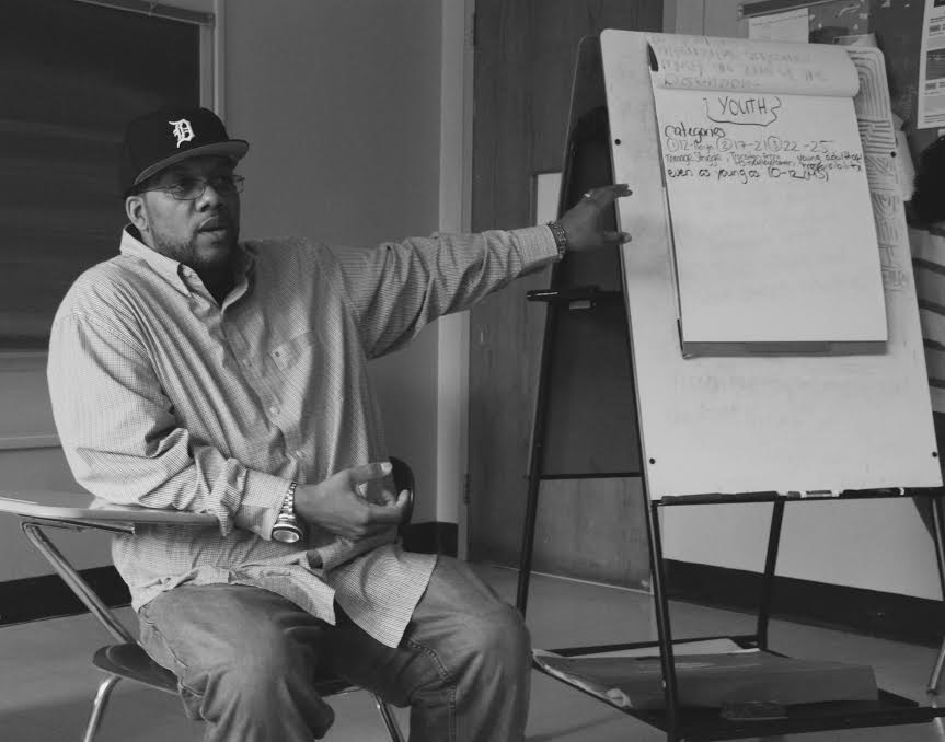 Abdul Malik Talib facilitates a planning session for the NYC Restorative Justice Youth Summit, May 2016