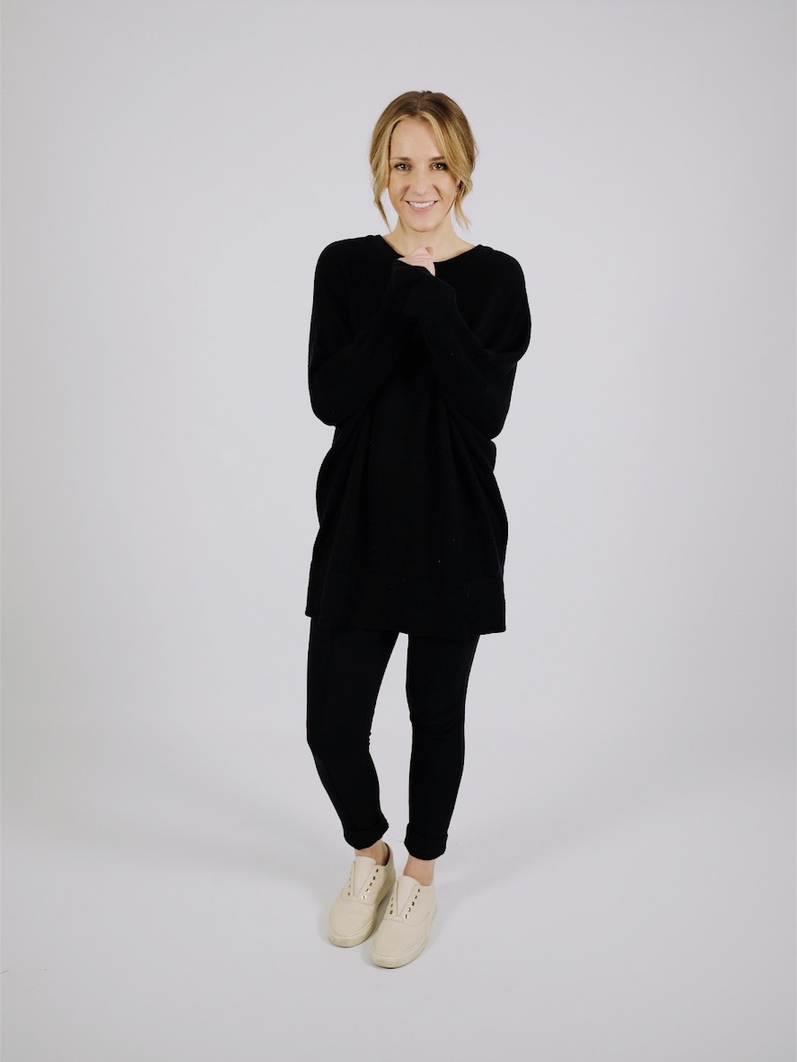 Black Sweater | Vetta Minimal Capsule