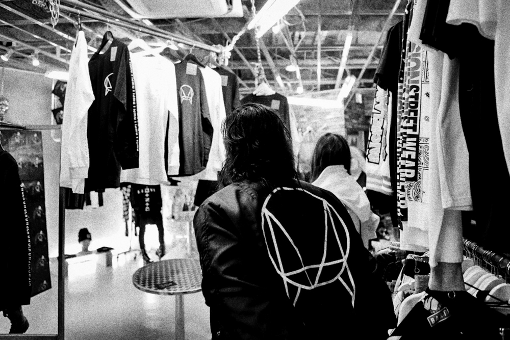 LONG x OWSLA popup - Candy in Tokyo    p: Caesar Sebastian