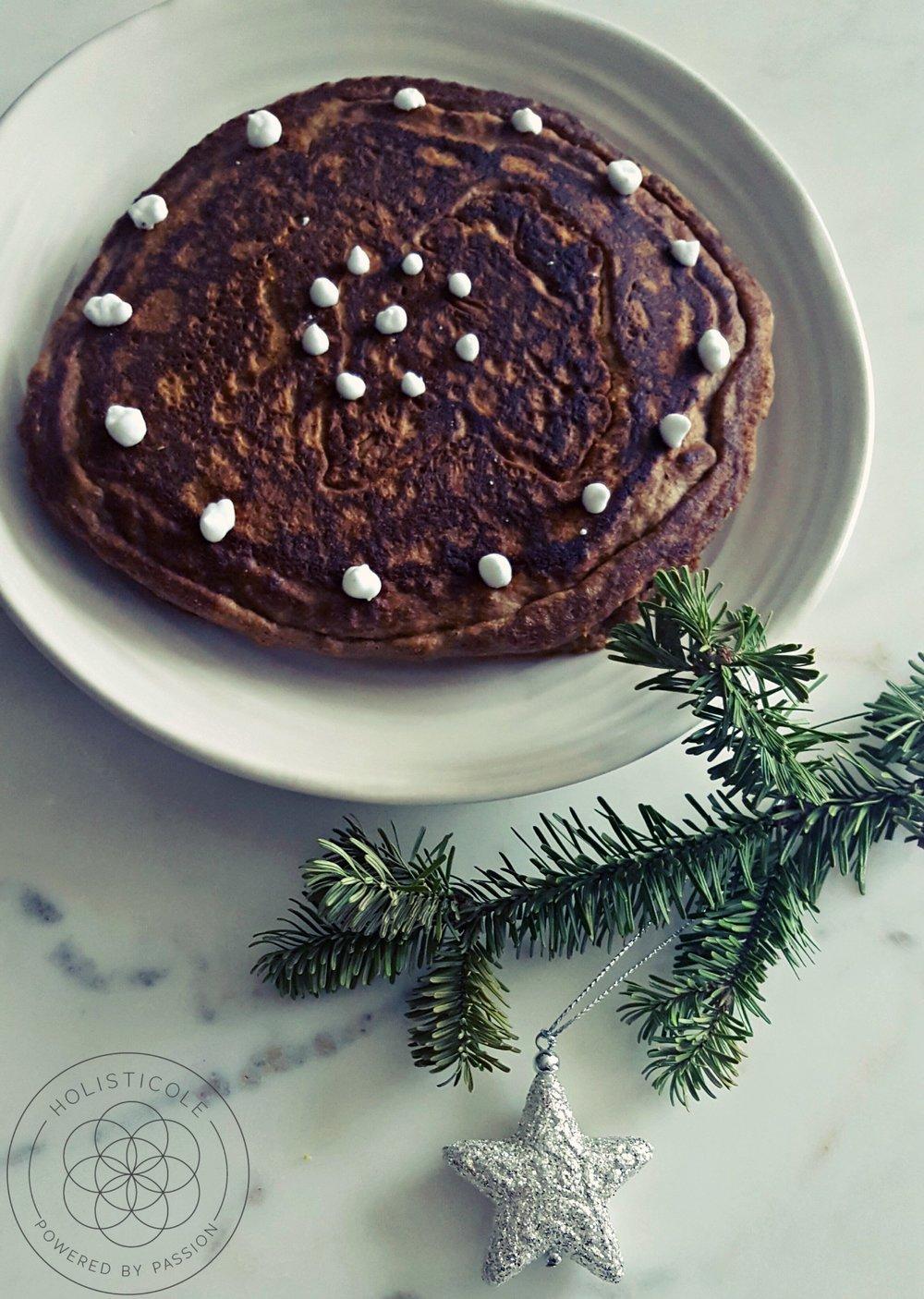 Gingerbread Pancakes - Holisticole