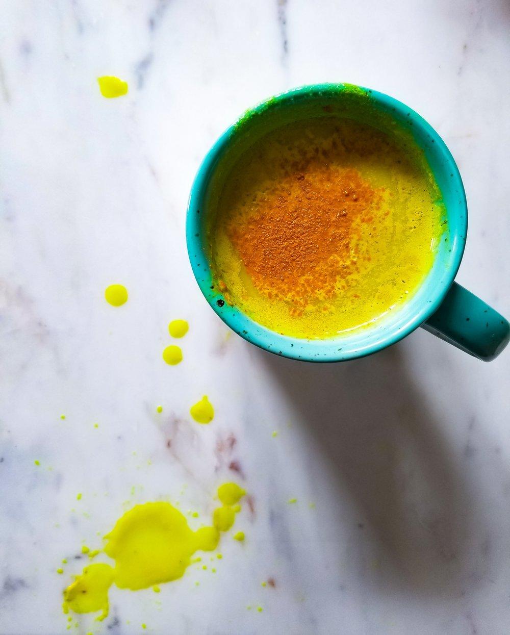 Holisticole - Turmeric Latte