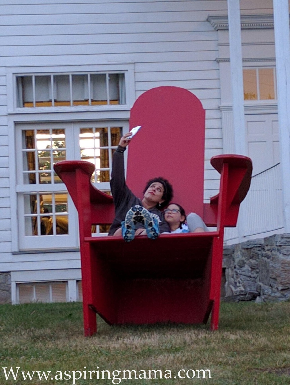 We found the Big Red Chair before we left. Mission accomplished.