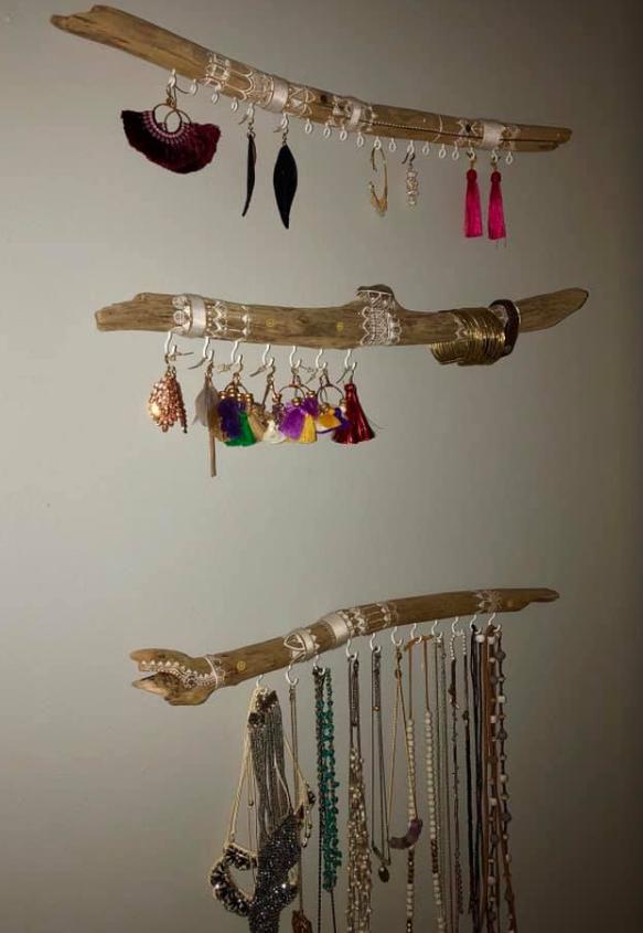 Katie Greci - Driftwood jewelry organizer by @jetsam.gypsy