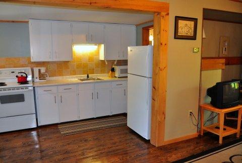 7-kitchen_0.jpg