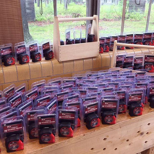 👏🏼👏🏼👏🏼W-O-W 💯 tape measures from @dynamicindustrialsupply - FREE for kids taking the tool box class during the #GreatLakesWoodworkingFestival on Sunday! 🌲⚒Stop by 12-6pm (4-6 for the tool box class) #thankyou #sponsor #lenaweecounty #toolboxes#handtools #kids #instagramthetelegram #measuretwicecutonce www.GreatLakesWoodworkingFestival.com