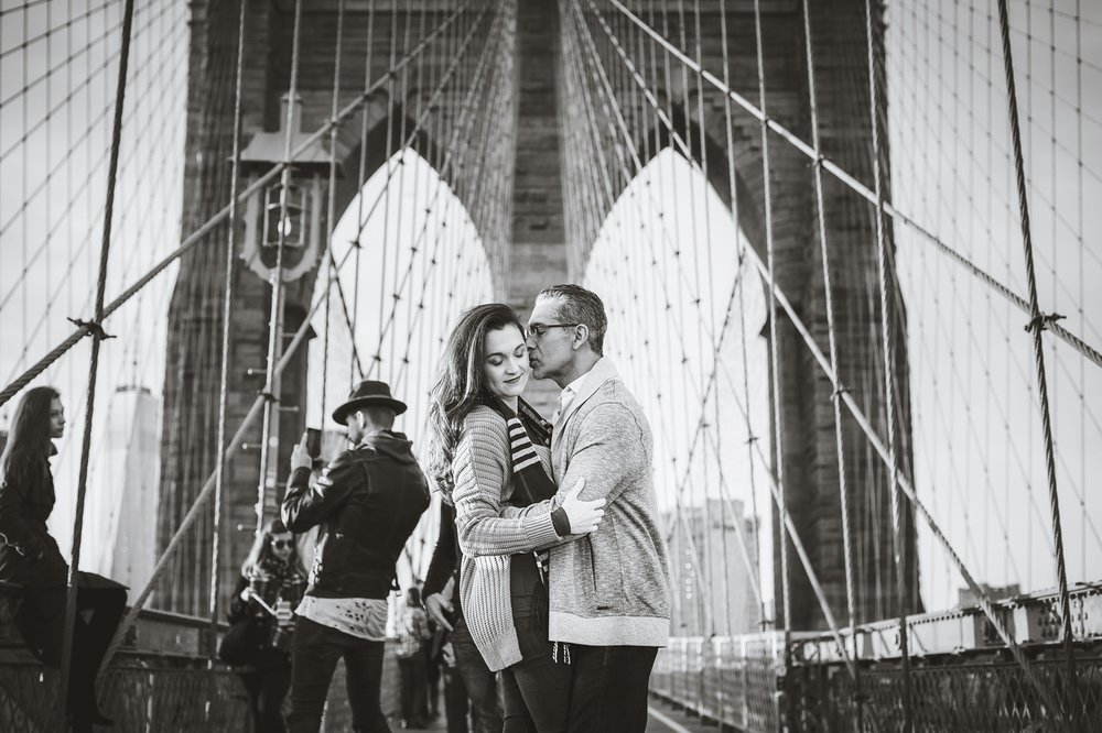 Tiffany&JoseBrooklynBridgeCouplesSession (8).jpg