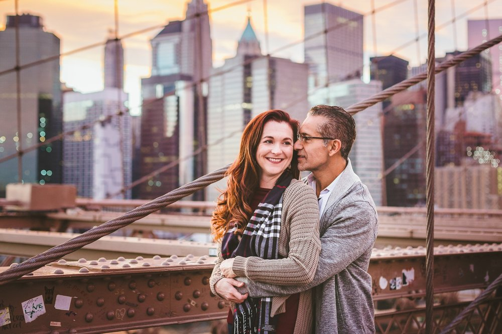 Tiffany&JoseBrooklynBridgeCouplesSession (22).jpg