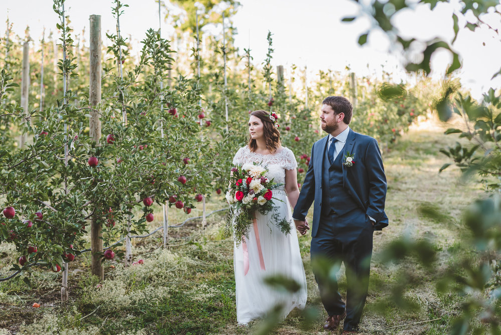 Sam&JoeBadSeedCiderWeddingHudsonValleyWedding (62).jpg